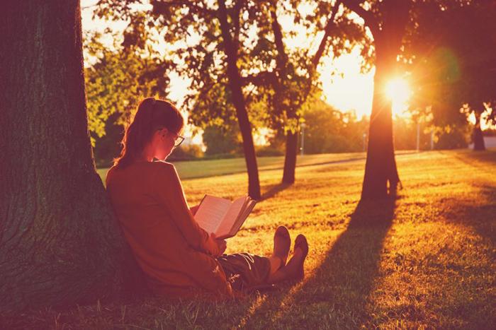 Читать при плохом освещении вредно для глаз