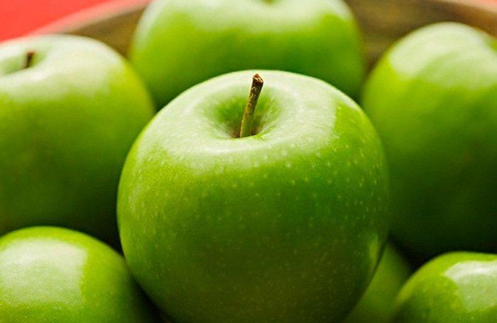 Польза и вред яблок для здоровья человека