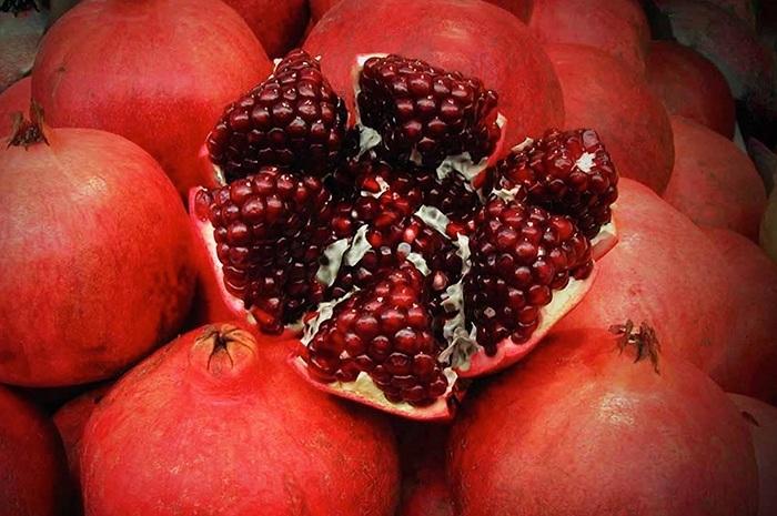 garnet_fruit