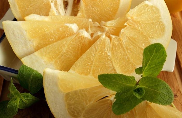 Полезные свойства и вред фрукта помело