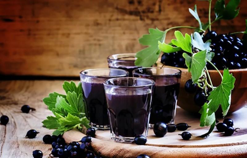 Как делать сок из черной смородины в домашних условиях