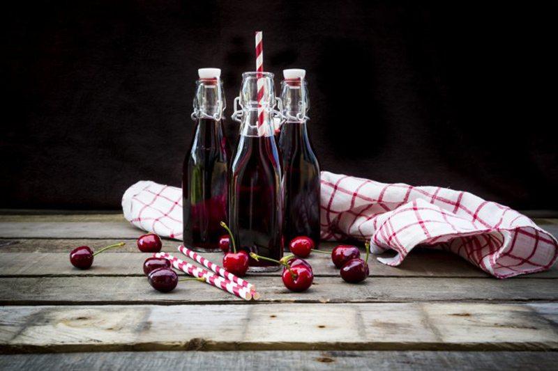 Заготовка вишневого сока на зиму