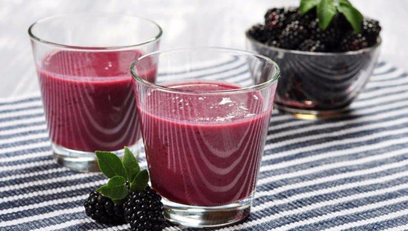 Польза свежеотжатого ежевичного сока для женщин и мужчин