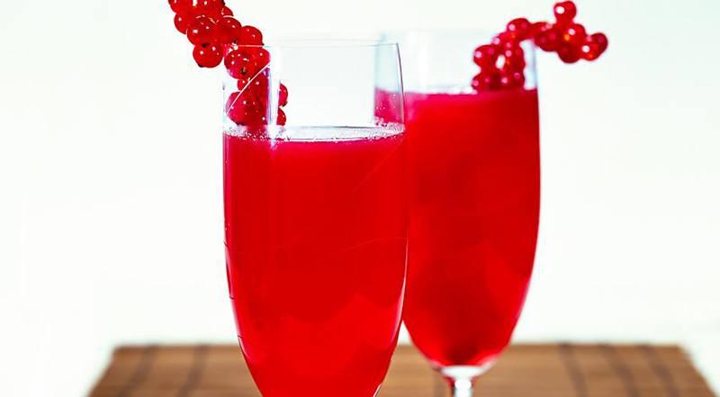 Полезность красносмородинового сока для мужчин и женщин