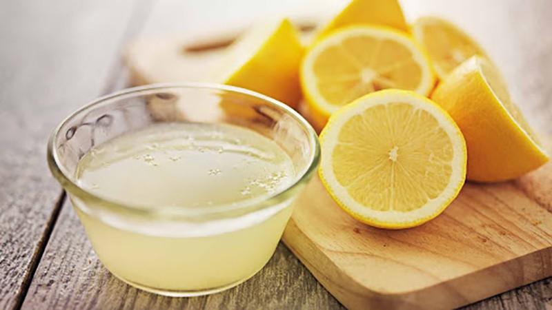 Полезные свойства фреша из лимона для мужчин и женщин, парней и девушек