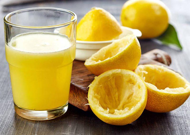 Как правильно употреблять лимонный сок