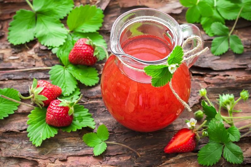 Как правильно употреблять земляничный сок